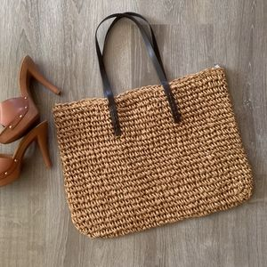 Handbags - NEW WOVEN TOTE BAG / RATTAN PURSE